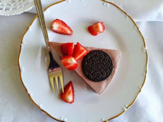 Cokoladovy_oreo_proteinovy_cheesecake_fitness_dezerty_01